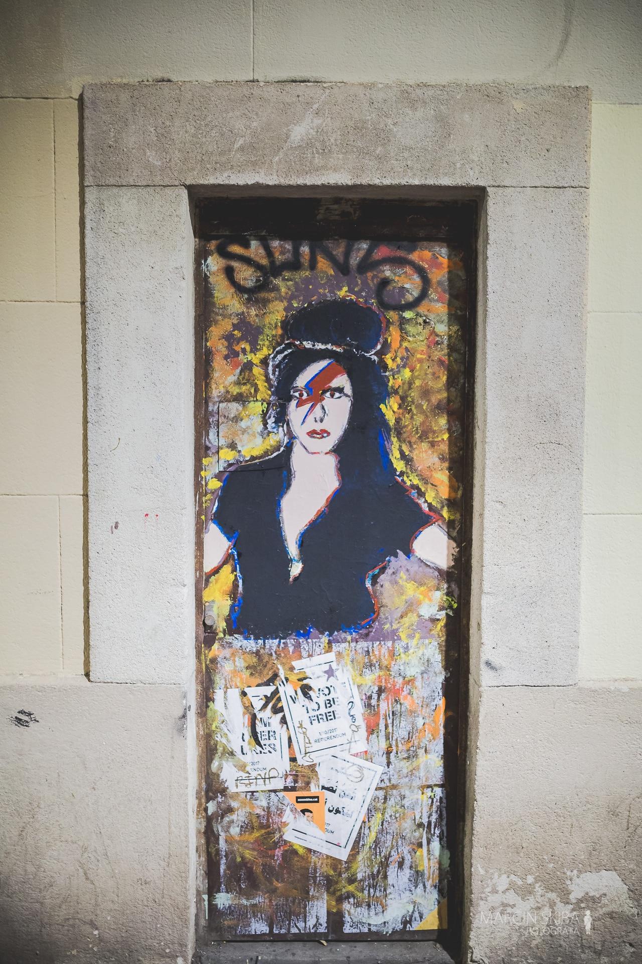 Barcelona streets and doors (23)