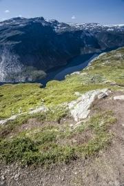 034 Norwegia Tyssedal Trolltunga Skjeggedal Ringedalsvatnet