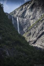 137 Norwegia Vedalsfossen Hjolmodalen