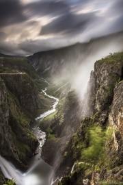 150 Norwegia Voringsfossen Mabodalen
