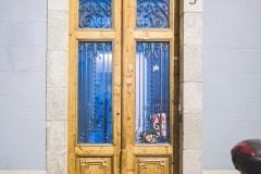 Barcelona streets and doors (25)