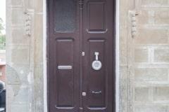 Barcelona streets and doors (4)